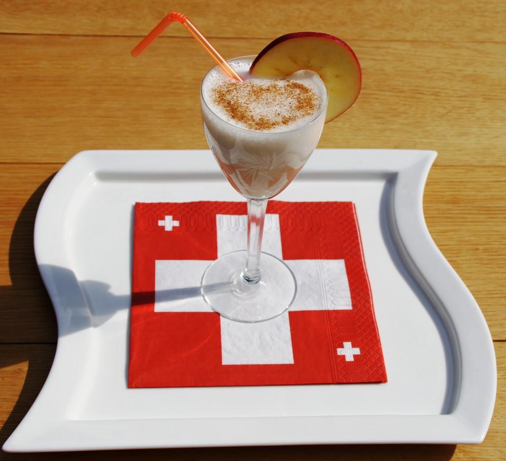 Mandelmilch mit Apfeldicksaft (von Urs Hochstrasser)